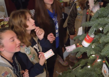 Girl Scouts at the Goosefoot Giving Tree WhidbeyTV
